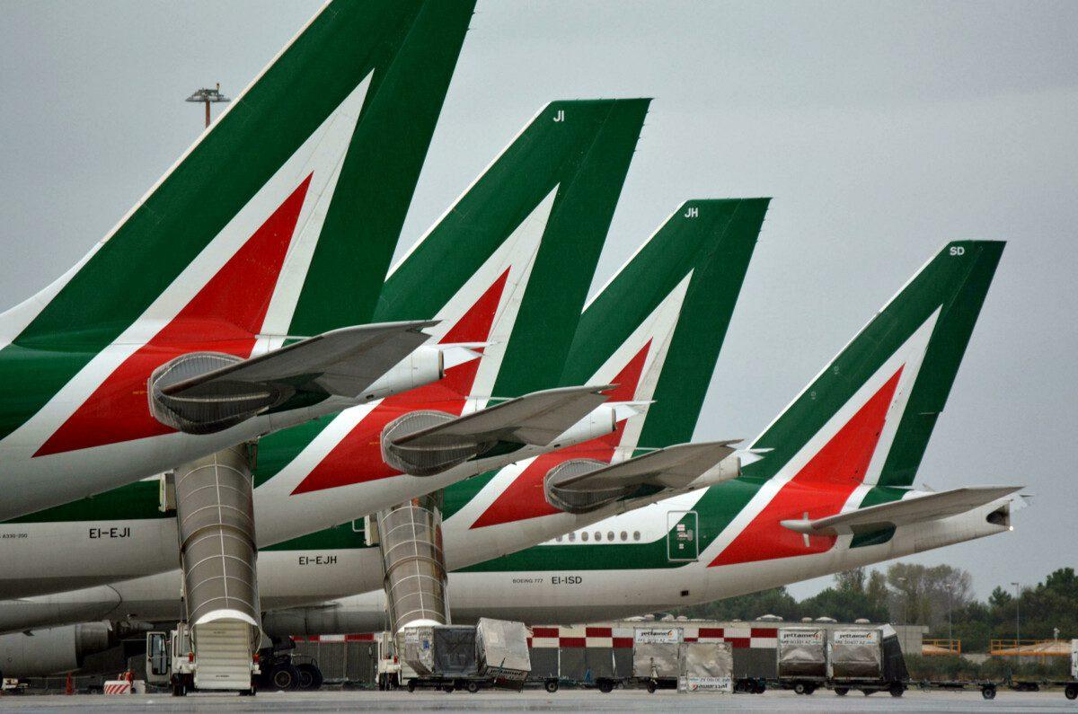 """Immagine di copertina di: Alitalia-Ita: """"Forte preoccupazione per il personale dei servizi a terra"""""""